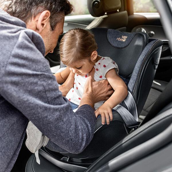 Swivel Car Seat >> Britax Romer Swivel Car Seats